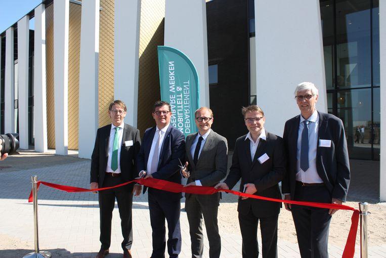 Minister Ben Weyts en burgemeester Bart Tommelein waren aanwezig op de inhuldiging.