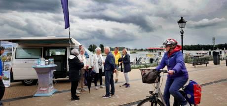 Gorinchem geeft binnenlandse toeristen tips vanuit mobiel informatiepunt