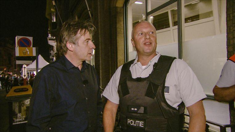 Luk Alloo op pad met de Gentse politie.