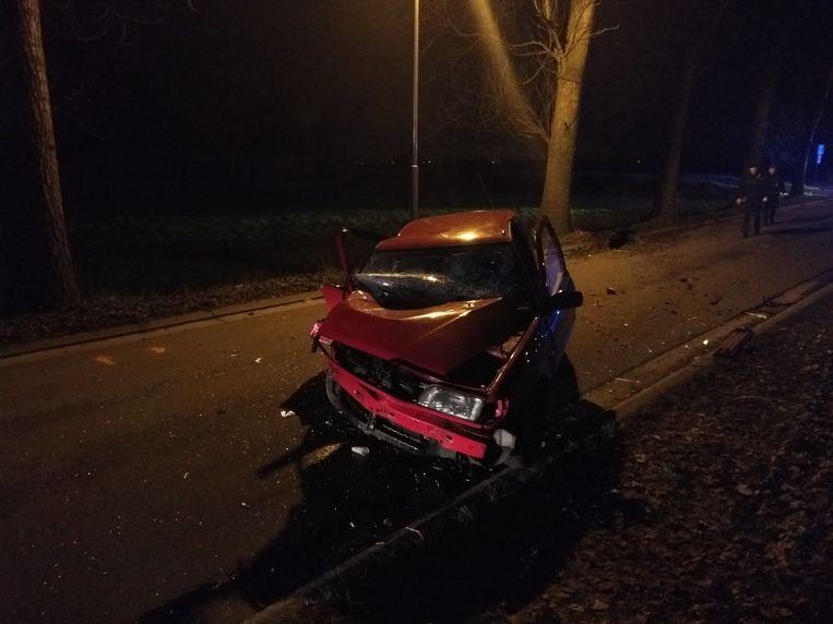 De auto van de vrouw was total loss.