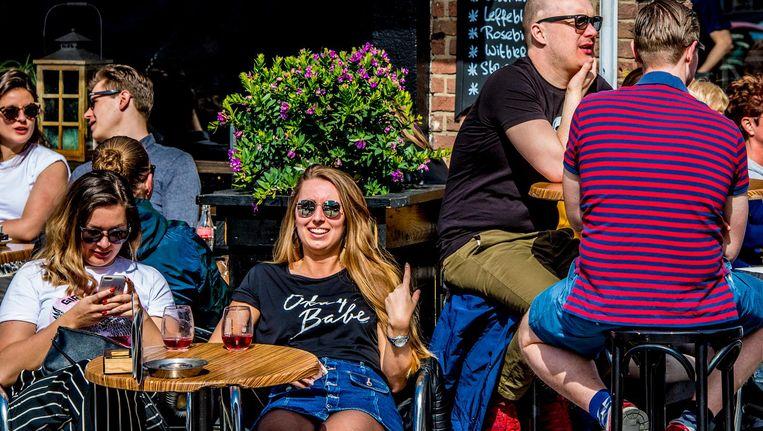In Nederland is het advies: drink geen alcohol, of hooguit één glas per dag. Beeld anp