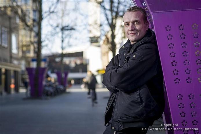 Tijs Jagers van Hengelo Helemaal Stil? is aan het wikken en wegen over het oprichten van een nieuwe lokale partij.