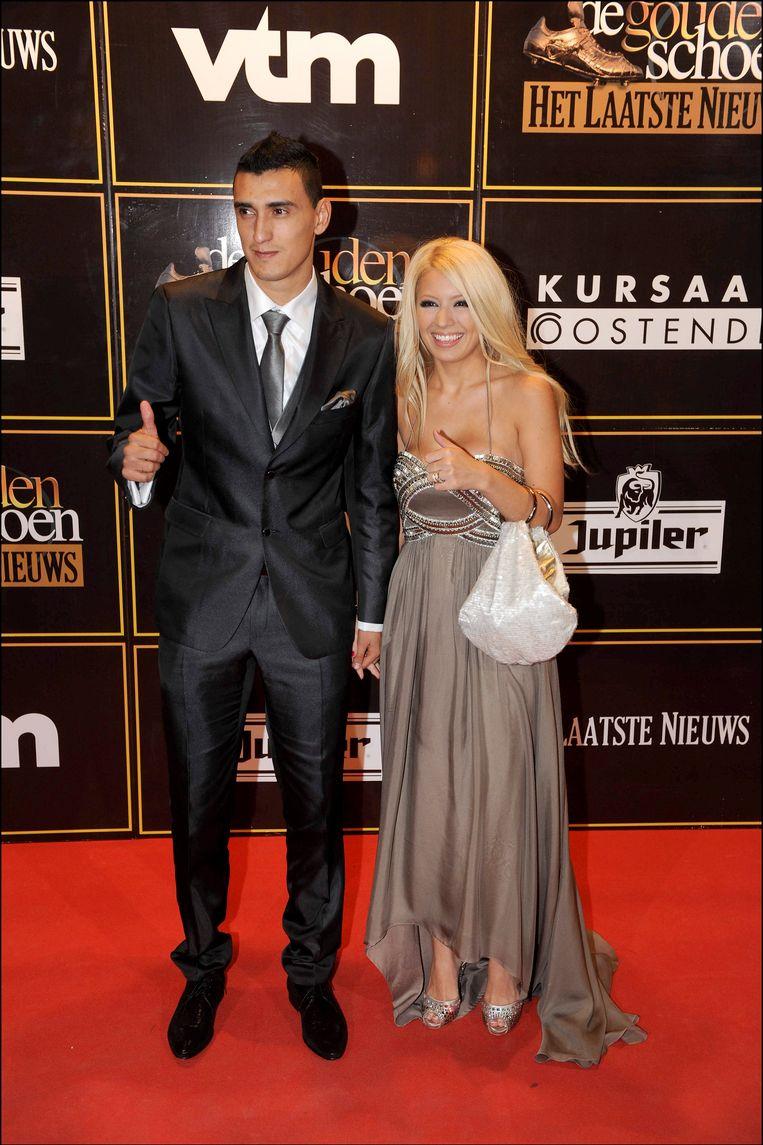 Matias Suarez gelooft in zijn kansen, samen met zijn kersverse echtgenote.