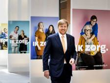 Werkbezoek koning aan ambtenaren VWS: 'We leven in een rollercoaster'
