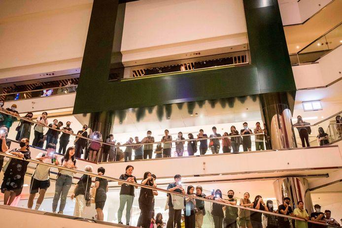 Demonstranten in het Cityplaza winkelcentrum in Hong Kong.