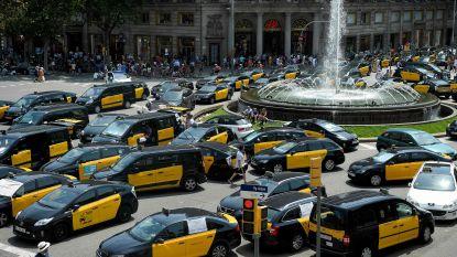 Spaanse taxi-oorlog legt steden plat
