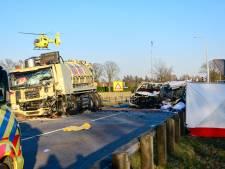 Vier mannen en een vrouw omgekomen bij ernstig ongeval op N270 in Helmond
