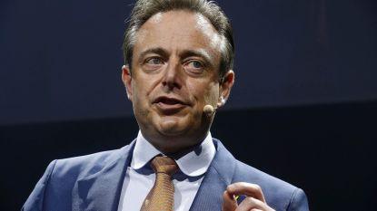 """Bart De Wever na bijzondere post: """"Het is niet nodig om gevonden wietresten naar mij op te sturen"""""""