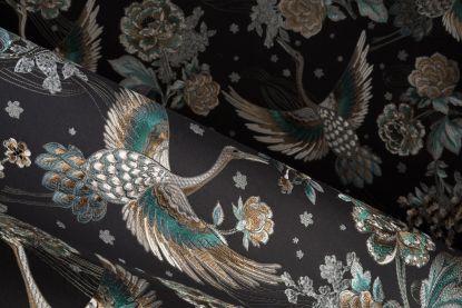 De flamingo is passé, kraanvogel is nu de hippe vogel in mode en decoratie