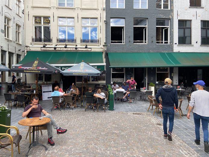 Starz Club op de Eiermarkt in Brugge moet minstens achttien dagen dicht.
