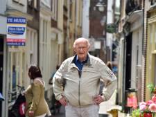 Oud-rechercheur Visbeen vertelt over 'bloedspatten op bordes' tijdens moordtour in Gouda
