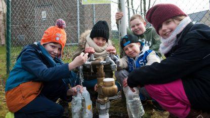 Leerlingen in de ban van water
