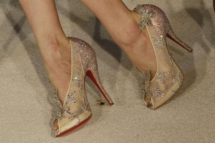 louboutin chaussures cendrillon