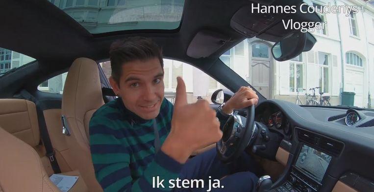 Onder meer vlogger Hannes Coudenys stemt ja. Hij rijdt graag met de auto. Maar één maandelijkse autovrije zondag is oké.