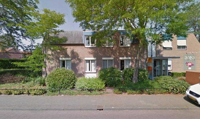 Op deze plek aan de Iepenlaan in Veghel komen woningen te staan.