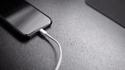 Een krachtige batterij is een van de belangrijkste dingen voor een smartphone: dit zijn de 5 beste