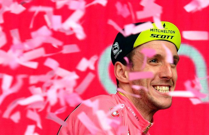 Simon Yates in de roze trui.
