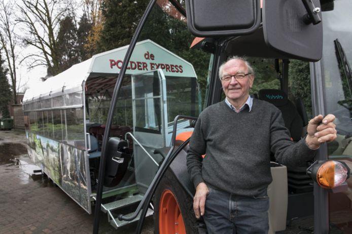 Gemertenaar Wim Biemans bij zijn geliefde Polder-Express.