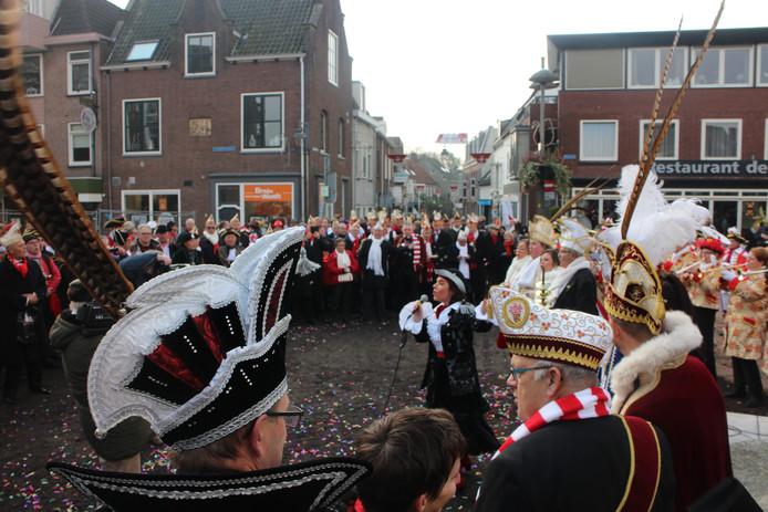 Volgens traditie en folklore is vrijdagmorgen om 11.11 uur het carnavalsseizoen geopend.