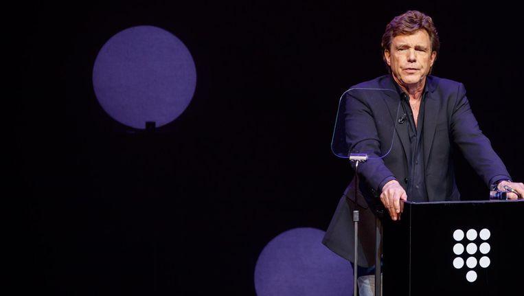 John de Mol tijdens de presentatie van de plannen van Talpa voor SBS in het DeLaMar Theater. Beeld anp