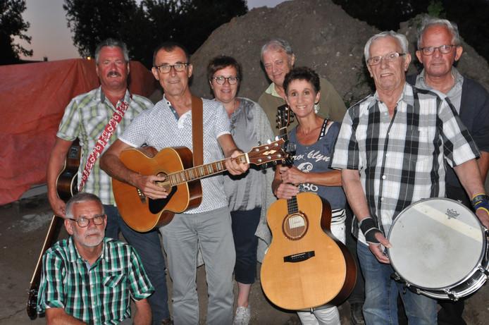 De muzikantengroep voor de Liederentafel.