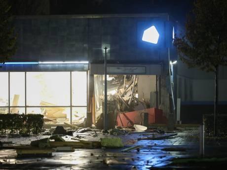 Enorme ravage na plofkraak bij supermarkt Vlaardingen, exact week na explosies in Spijkenisse