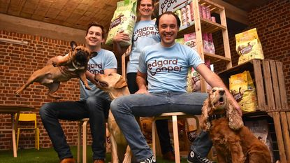 Edgard & Cooper steunt straathonden