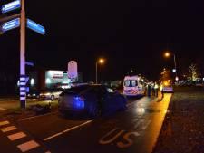 Scooterrijdster gewond na botsing met auto in Breda