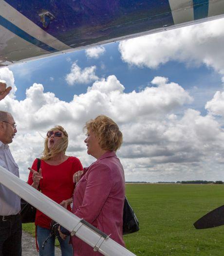 Omgekomen reclamevlieger had veertig jaar vliegervaring