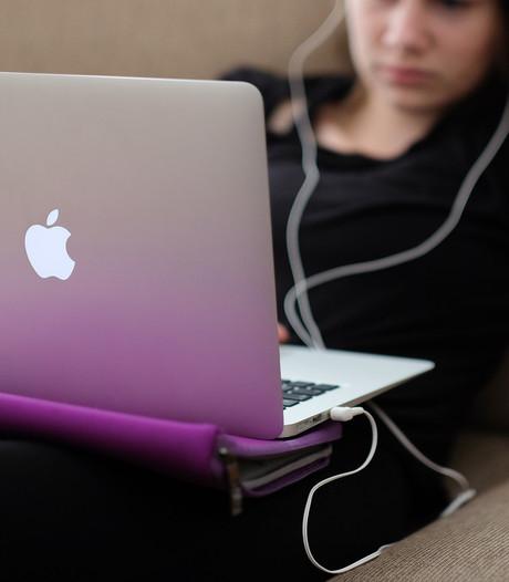 Britse aanklagers willen strengere straffen voor online haat
