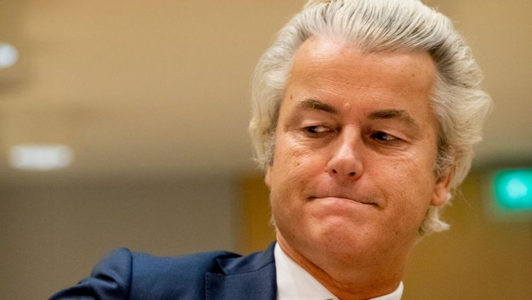 Geert Wilders en zijn advocaat zijn vandaag niet in de rechtbank Schiphol aanwezig. Beeld anp
