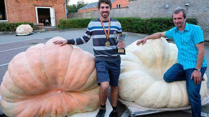 Lode kweekt pompoen van 616 kilogram