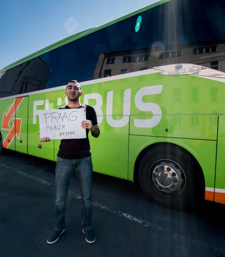 De nachtbus naar Praag is voor Indiër stevig besparen op de terugreis