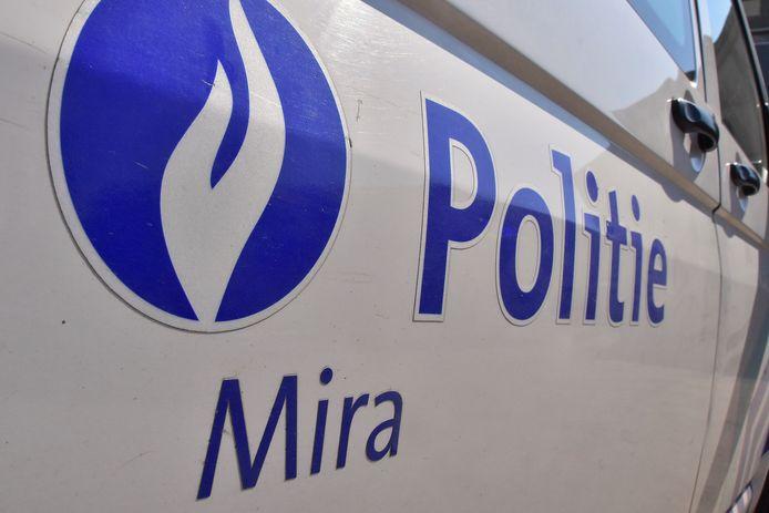 De Vlaams Belanger diende een klacht in bij de politiezone Mira