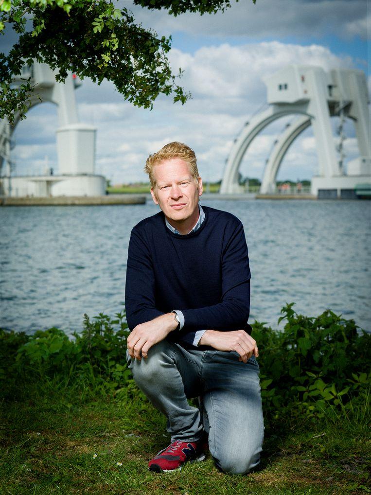 Peter Kuipers Munneke werkt graag met  zijn beide hersenhelften. Beeld Merlijn Doomernik/HH