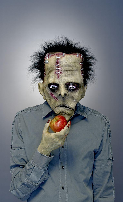 Actievoerders noemen genetisch gemodificeerde producten schertsend 'Frankensteinfood'. Beeld Rein Janssen