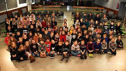 Leerlingen luisteren ademloos naar verhaal van professor Puffendorf