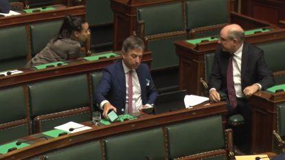 CD&V-parlementslid is kritisch voor Wilmès maar wordt meteen op de vingers getikt door Geens
