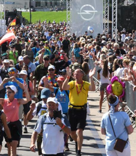 Petra (67) loopt voor 37ste keer de 50 kilometer