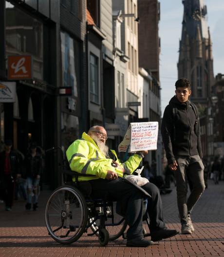 Broze stadsprediker Arnol Kox terug in Eindhovens centrum