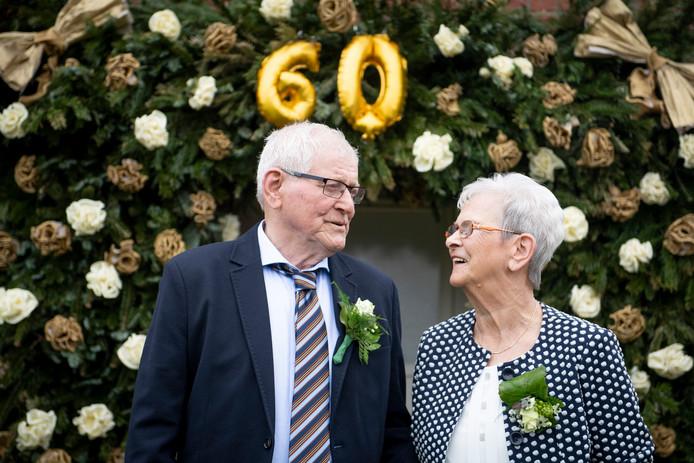 Het echtpaar Wesselink-Reinerink trouwde 60 jaar geleden.