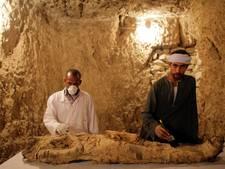 Archeologen openen nieuwe grafkamers met mummies in Egypte