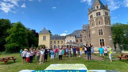 """De Warmste Vakantieplek van Vlaanderen, met de inwoners van Malle: """"Genieten van een trappist van Westmalle aan het Kasteel de Renesse"""""""