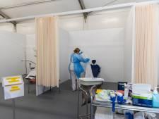 Onderzoek naar mentale gezondheid ziekenhuispersoneel na coronapiek: 'We mogen niet onderschatten hoe heftig het was'