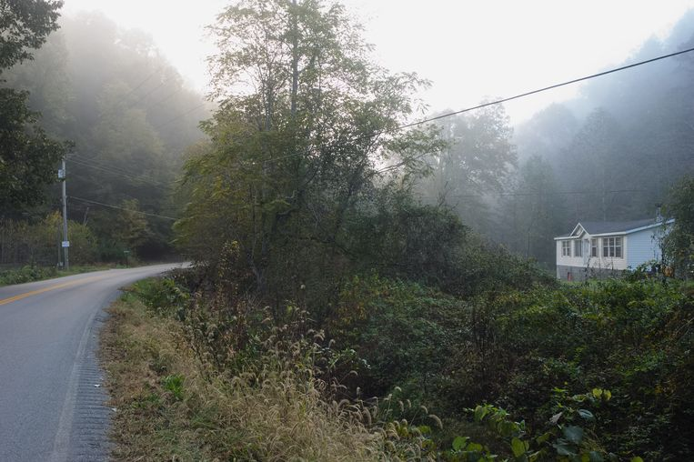 De vroege ochtend in Letcher County in Kentucky. Beeld ellen kok