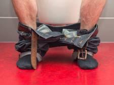 Man smeert toilet van café in Kerkdriel onder met poep