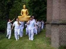 Speciale dag voor boeddhisten én voor hun dorpsgenoten