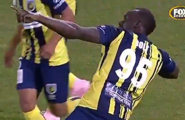 Usain Bolt scoorde in Australië zijn eerste twee goals als profvoetballer.