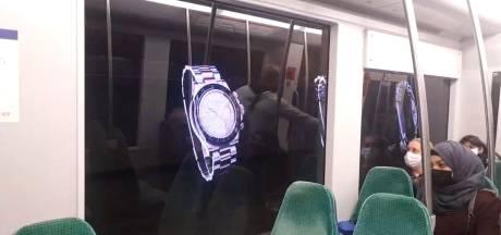 Een spectaculaire metrorit: tunnels worden bewegende billboards