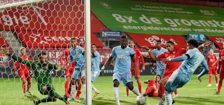 Samenvatting: PSV laat in Enschede twee dure punten liggen